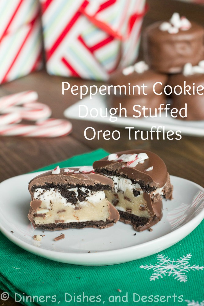 Peppermint-Cookie-Dough-Oreo-Truffles-4-labeled (1)
