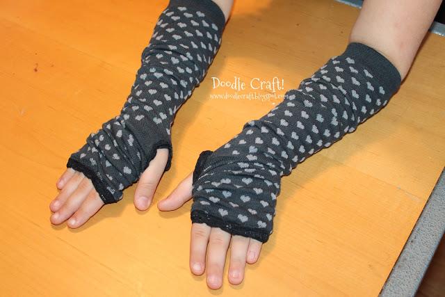 fingerless gloves from socks tutorial