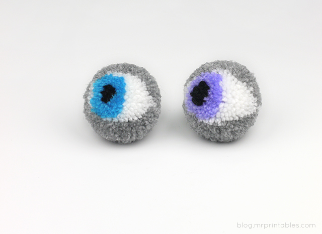 pompom-looking-eyes