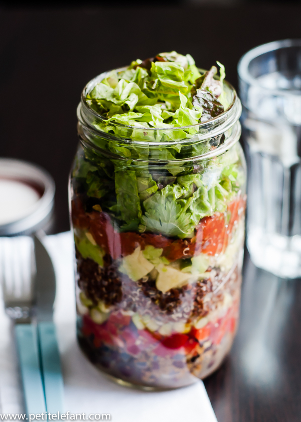 layered-quinoa-black-bean-salad-jar-2