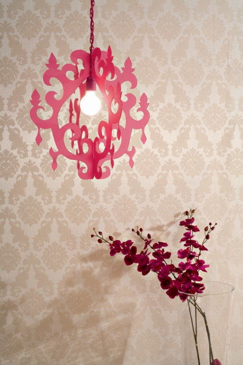 diy-trendy-suspended-lamp-1-500x750