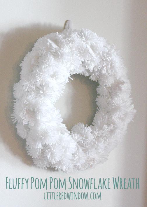pompom_snowflake_wreath_littleredwindow05