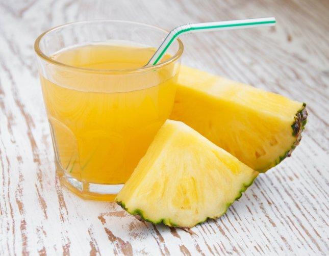 bigstock-pineapple-juice-46750288