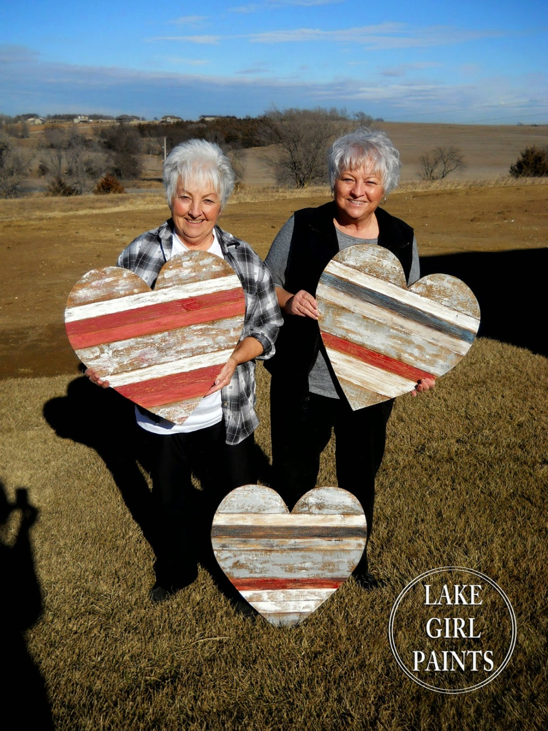 Nana and Cheryl with heart hanging