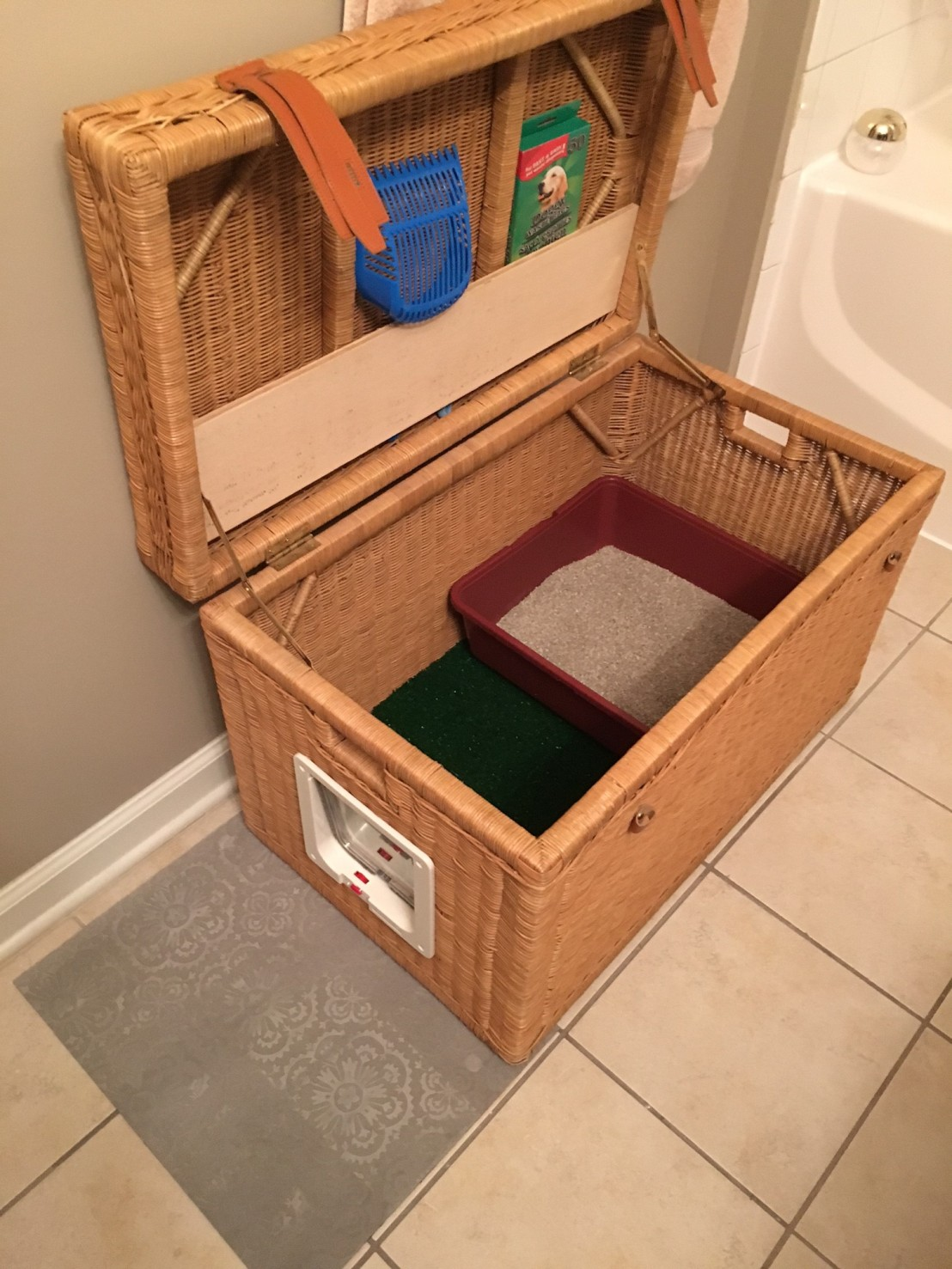 cool kitty litter boxes turn a basket into a cat litter box great project to 39hide39 bookcase climber litter box
