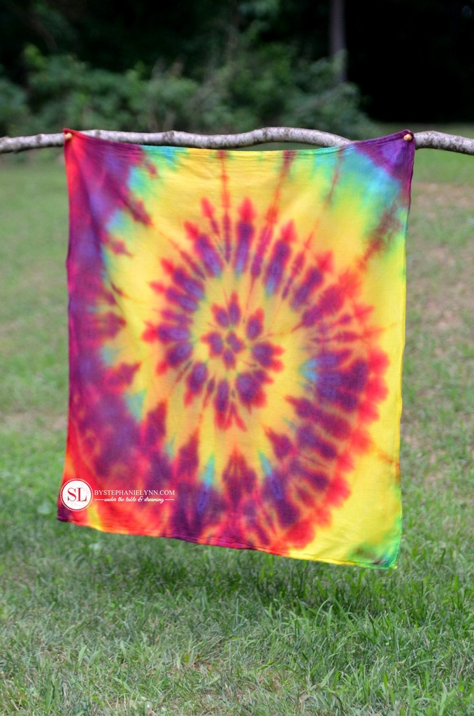 tie dye folding instructions