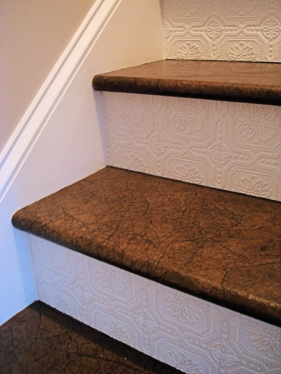 Textured-Wallpaper-Stairs-768x1024