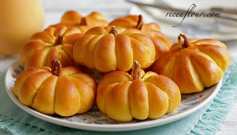 how-to-make-pumpkin-dinner-roll-recipe-banner-770x440