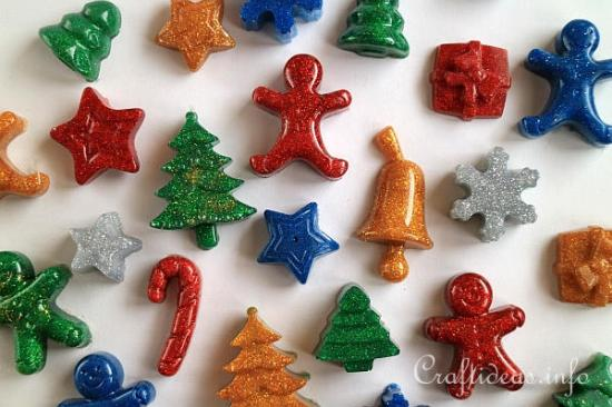 hot_glue_glittery_christmas_embellishments