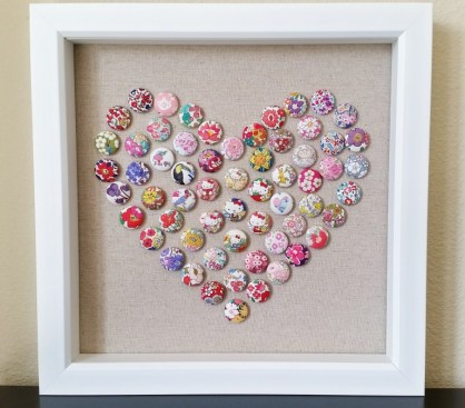 mad-for-fabric-fabric-push-pin-heart-art-display