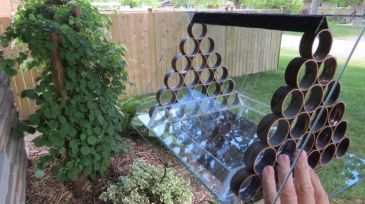 how-to-make-an-awesome-squirrel-proof-bird-feeder (2)