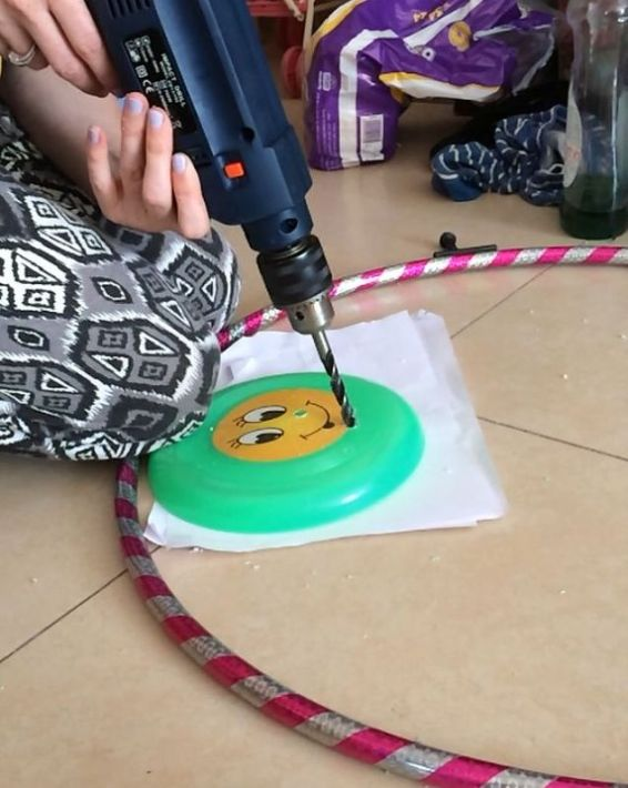 giant-diy-spirograph-art-crafts-how-to-repurposing-upcycling (2)