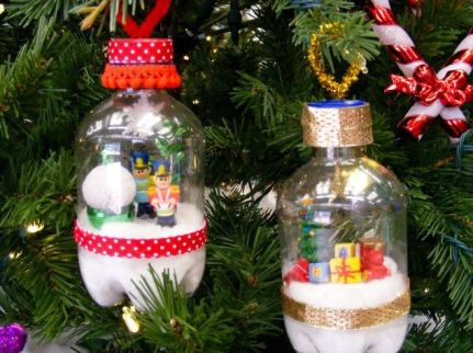 recycle-bin-to-the-christmas-tree--composting-go-green-storage-ideas