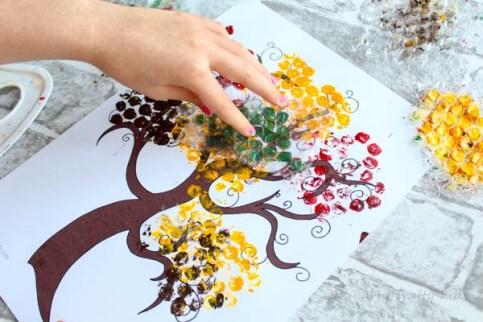Bubble-Wrap-Autumn-Tree-1-2