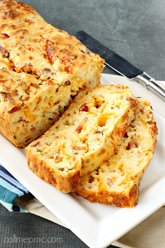 Bacon-cheddar-cheese-Jalapeno-Popper-Bread