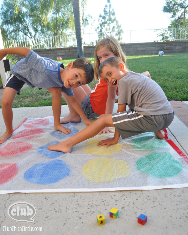 Backyard-Bubble-Twister-Game-@clubchicacircle