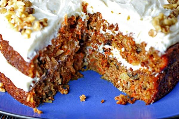 carrot-cake-close1024fe