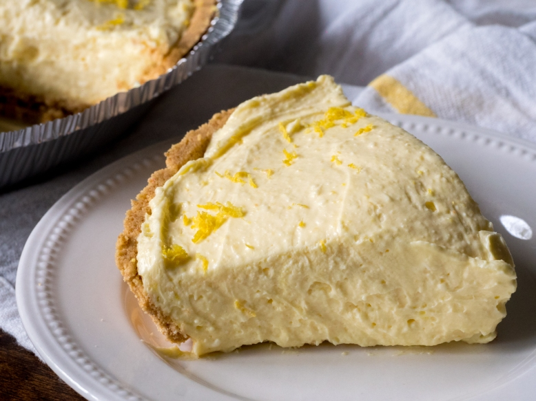 Cream-Cheese-Lemonade-Pie-Horizontal-3