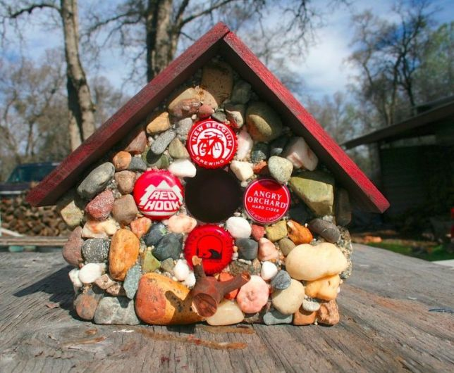 how-to-make-a-functional-stone-birdhouse-concrete-masonry-how-to (1)