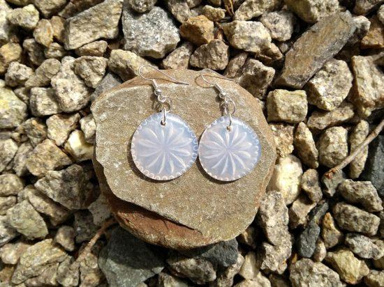 AdTech_Depression_Glass_Earrings_Rocks-1000x750
