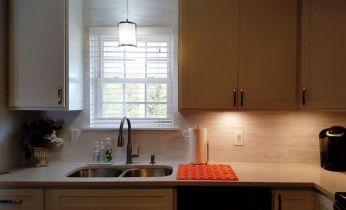 re-purpose-left-over-blind-slats-countertops-home-decor-kitchen-backsplash (1)