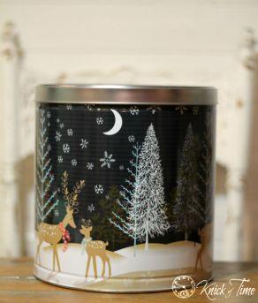 turn-those-christmas-tins-into-pantry-storage-chalk-paint-organizing-repurposing-upcycling (1)