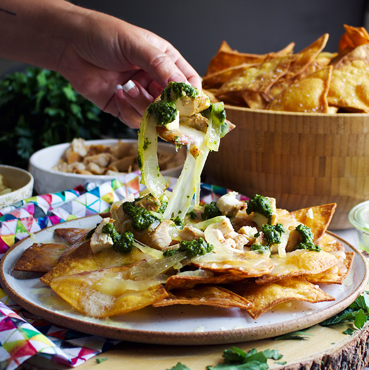 Chili-garlic-chicken-chimichurri-nachos-9.jpg