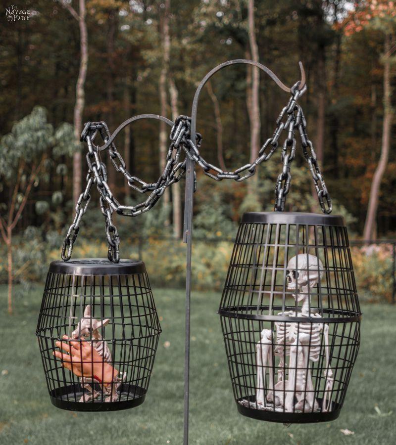 Hanging-Cage-Halloween-Prop-022.jpg
