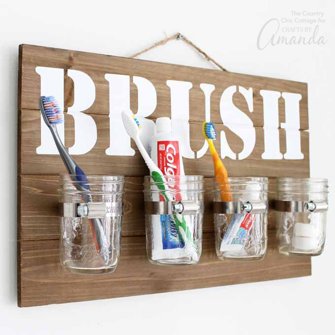 Mason-Jar-Bathroom-Organizer-680
