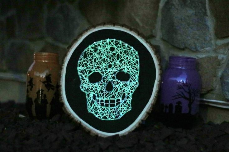 Glow-in-the-dark-skull-string-art-Final-4-glow