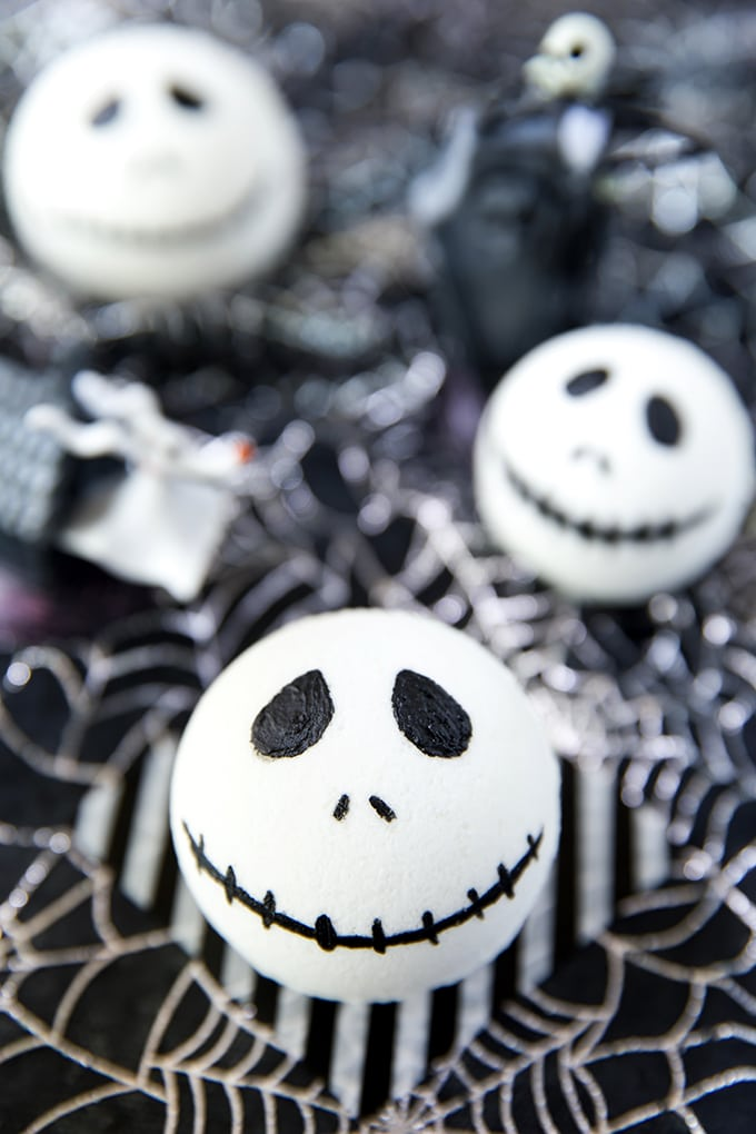 Jack-Skellington-Bath-Bomb