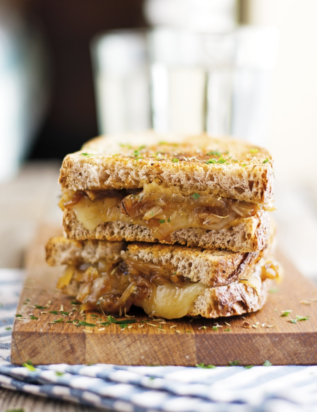 French-Onion-Soup-Grilled-Cheese
