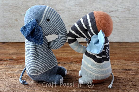sock-elephant-pattern