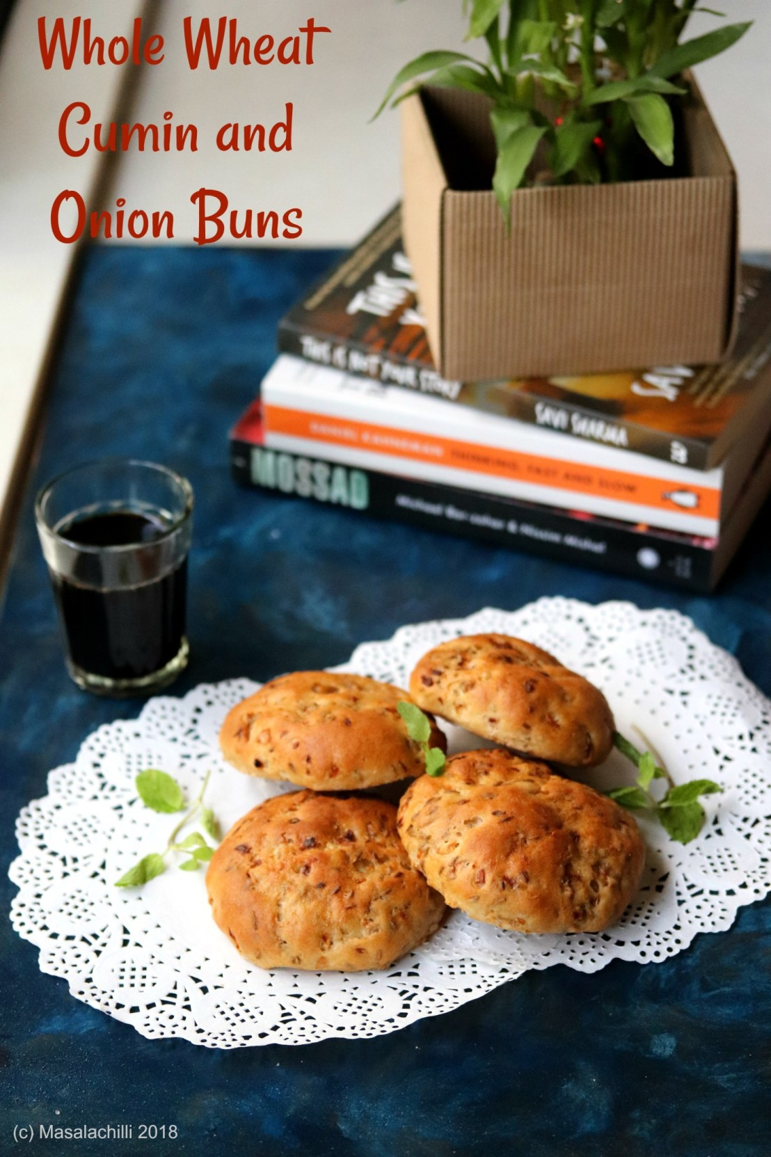 Whole-Wheat-Cumin-and-Onion-Buns-2.jpg