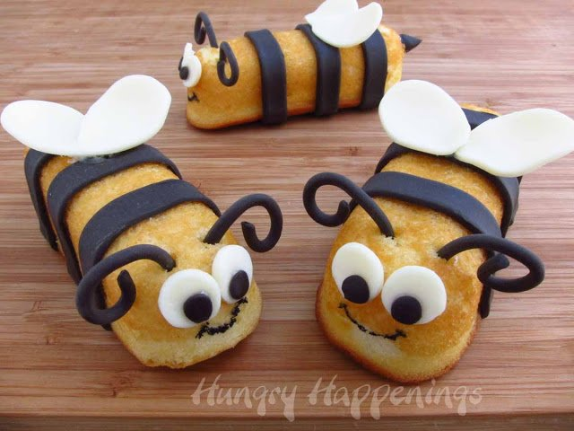 bumble-bee-twinkie-snack-cakes-bug-themed-party-treats-snack-cake-stingers-
