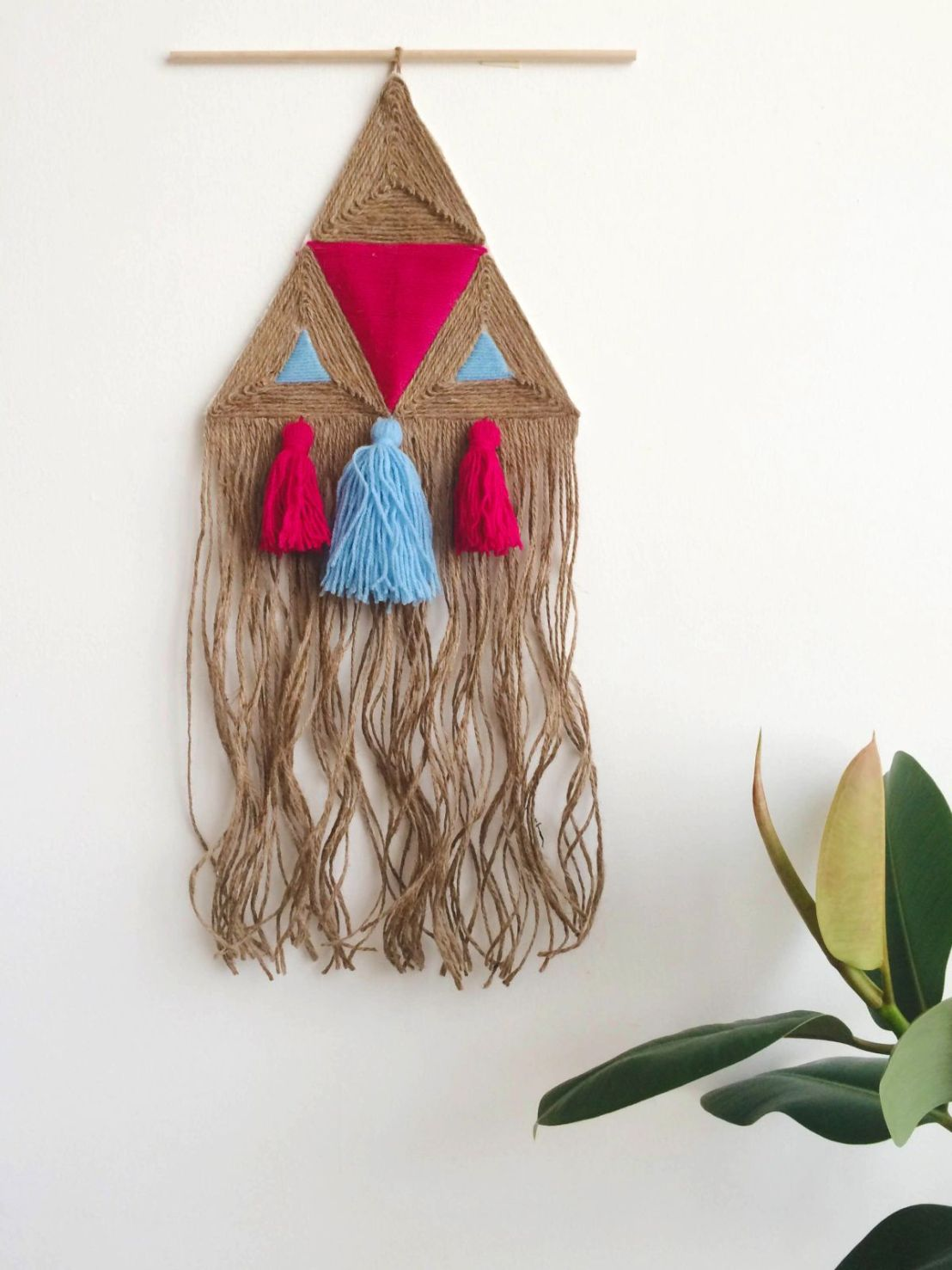 Jute-wall-hanging-project