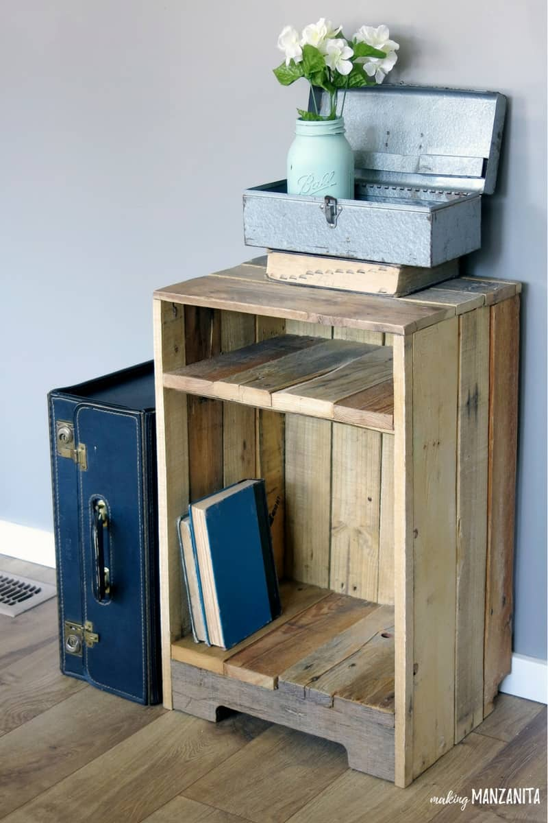 Pallet-Wood-Furniture-4.jpg