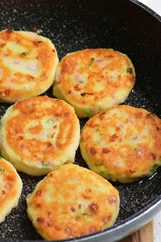 Mashed-Potato-Cakes-2-1