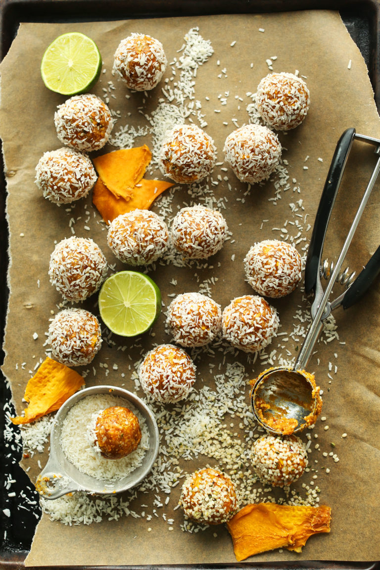 AMAZING-naturally-sweet-Dried-Mango-ENERGY-BITES-6-ingredients-fiber-and-protein-rich-SO-delicious-vegan-glutenfree-mango-recipe-healthy-minimalistbaker-768x1152.jpg