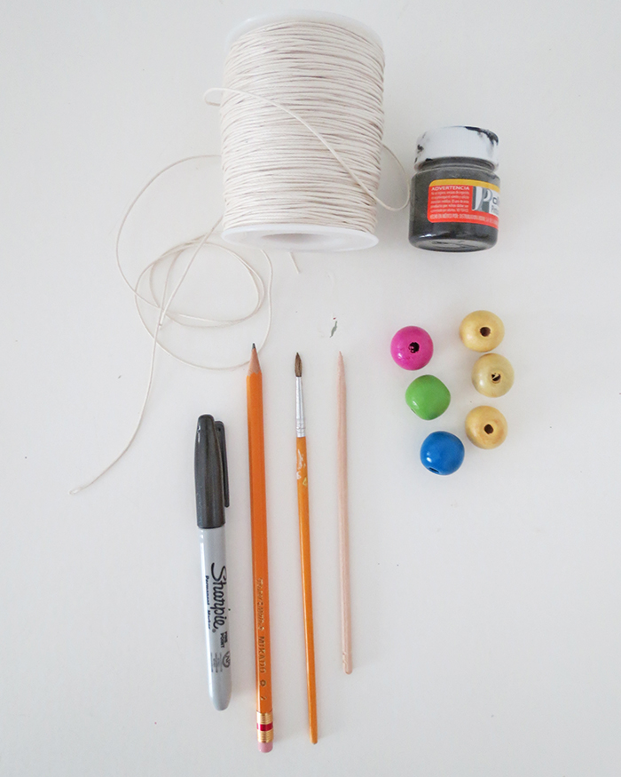 DIY-beads-pencil-topper-1