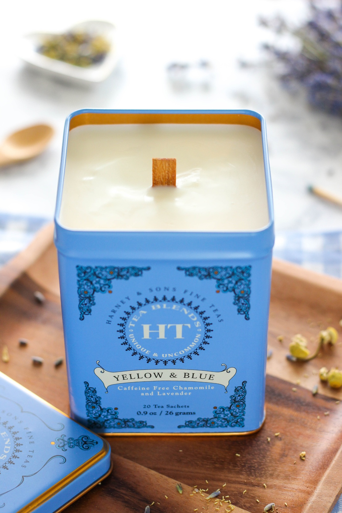 How-To-Make-Pretty-Tea-Infused-Scented-Candles-In-A-Tin