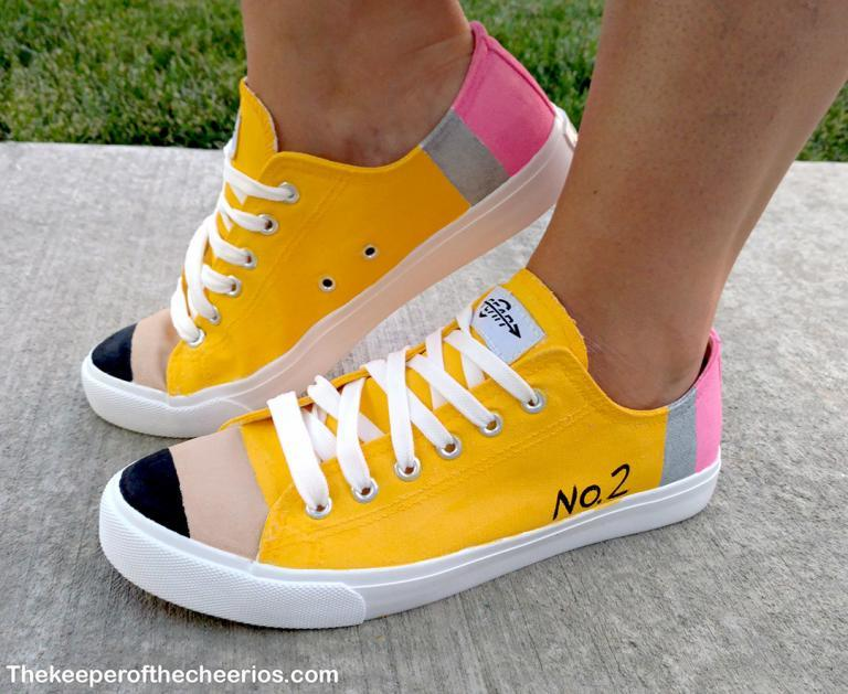 pencil-shoes-1-768x629.jpg