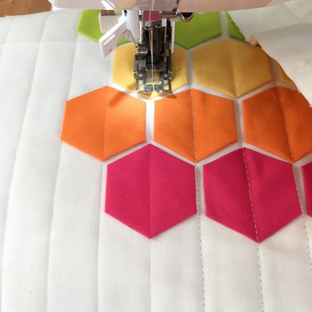 straight-line-quilting-modern-hexies
