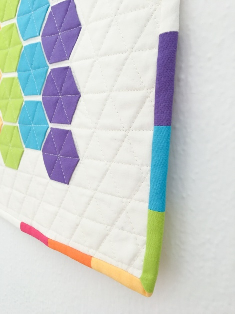 straightline-quilting-modern-hexies