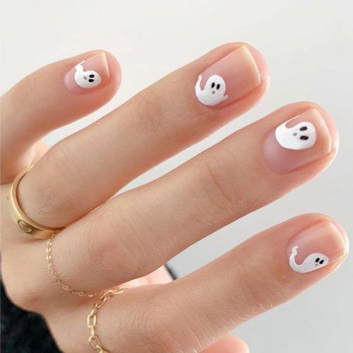 halloween-nail-designs-nude-short-boo-art-500x500