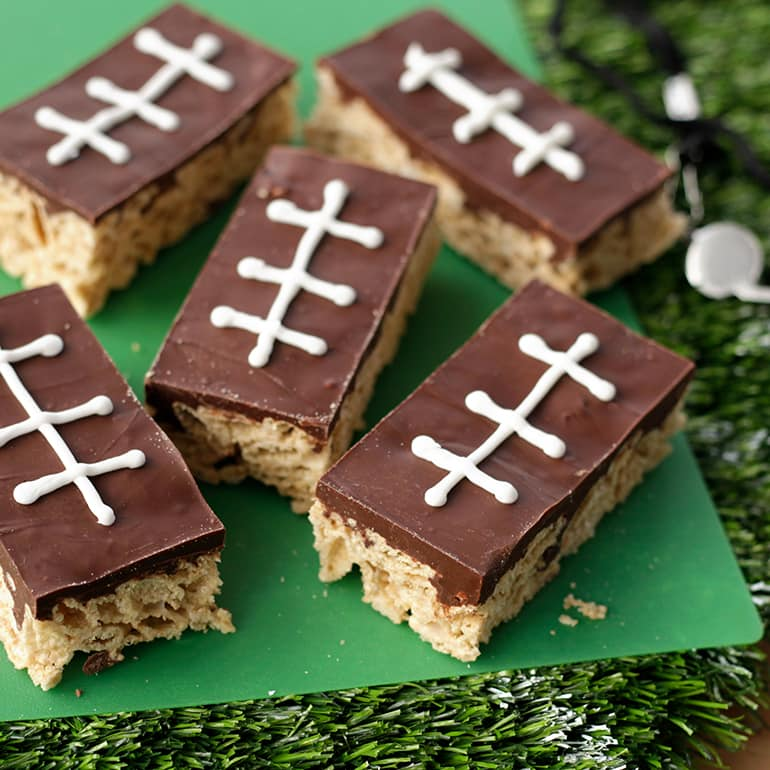 Chex-RecipeImages-FootballChexCerealTreatBars