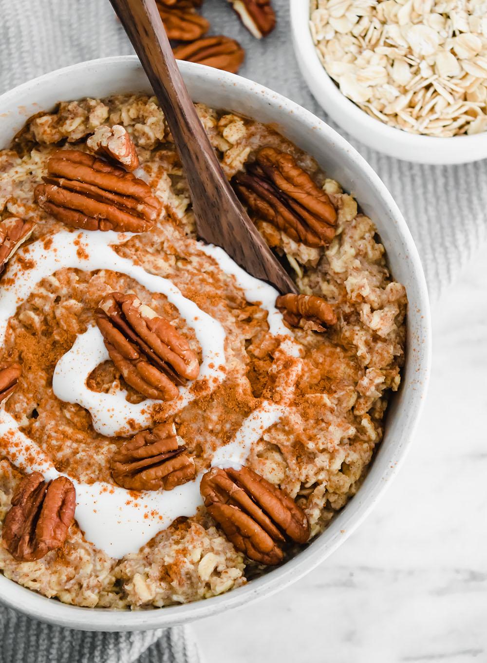 Vegan-Cinnamon-Bun-Protein-Overnight-Oats-3-3