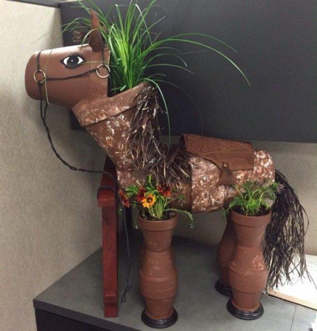 DIY-Clay-Pot-Horse-06