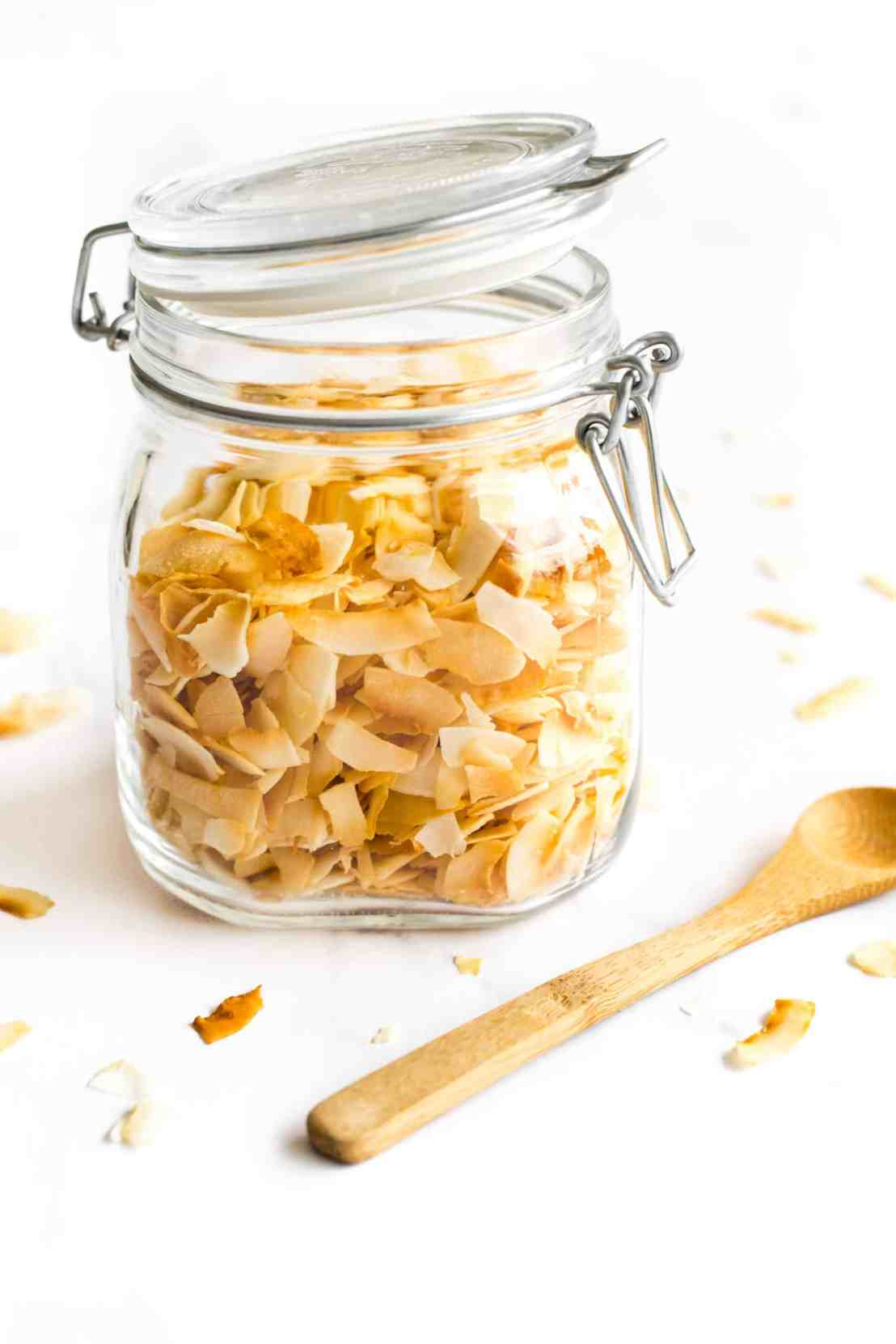Toasted-Coconut-Chips-Gluten-Free-Vegan_Final6-1-scaled